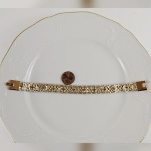 "Vintage GP 1/4"" Wide Gold Woven Twist Bar Bracelet"